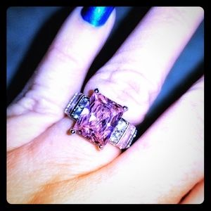 Beautiful Pink Topaz Sterling Silver Ring Size 6